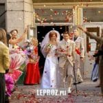 wedding and rain of petals